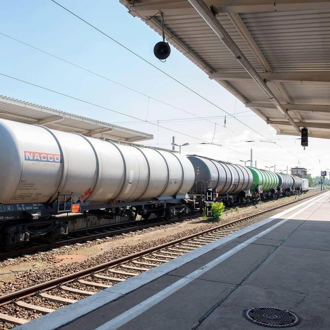 Are railtrack shares still validating